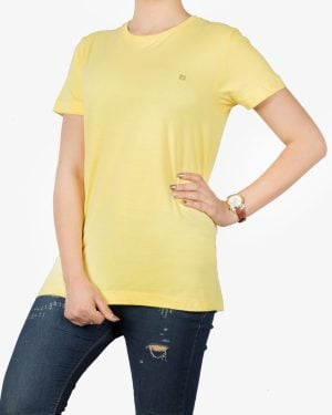 تیشرتهای سادهی نخی پنبهای زنانه - زرد - روبهرو۱