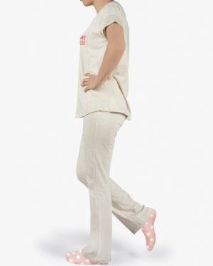 ست تیشرت و شلوار نخی زنانه طرح میکی موس - استخوانی - بغل