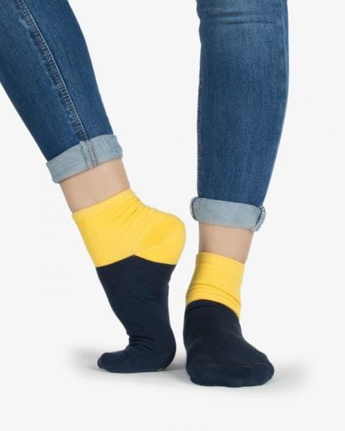 جوراب نخی دو رنگ - زرد - روبهرو۱