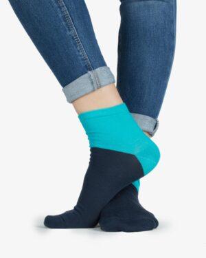 جوراب نخی دو رنگ -آبی فیروزه ای - روبهرو۱