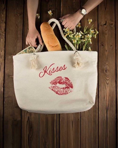 کیف خرید زنانه طرح لب - شیری - محیطی