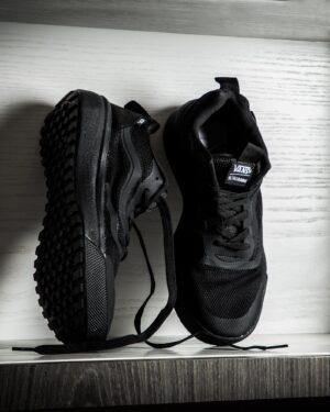 کفش اسپرت مشکی مردانه - مشکی - محیطی