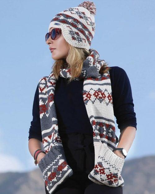 کلاه شال گردن جیب دار طرح دار - دودی - محیطی زنانه