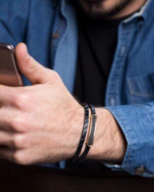دستبند اسپرت مشکی دو ردیفه - مشکی - محیطی