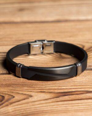 دستبند مشکی اسپرت - مشکی - رو به رو
