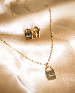 نیم ست طرح قفل طلایی - طلایی - گردنبند و گوشواره