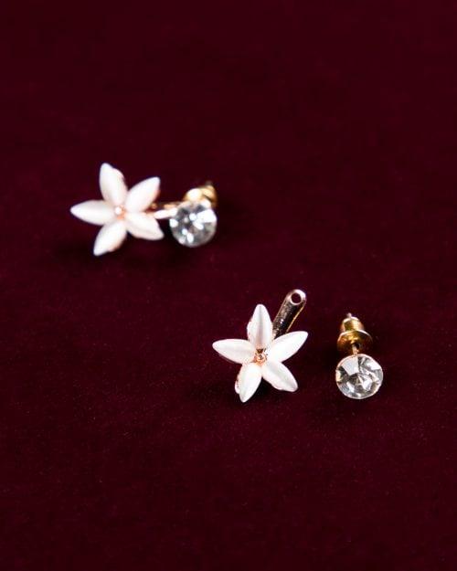 گوشواره نگین دار طرح گل - سفید - گوشواره