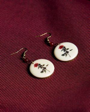 گوشواره چوبی طرح گل - سفید - گوشواره