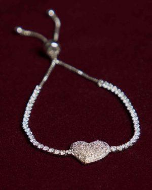 دستبند قلب نگین دار دخترانه - نقره ای - رو به رو