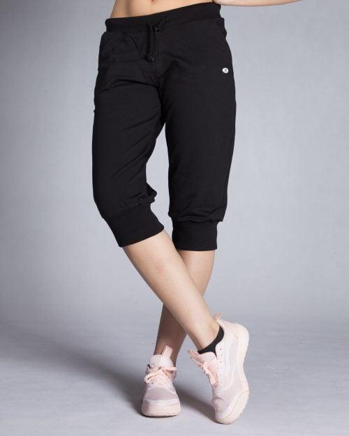 شلوارک زنانه ورزشی بلند - مشکی - رو به رو