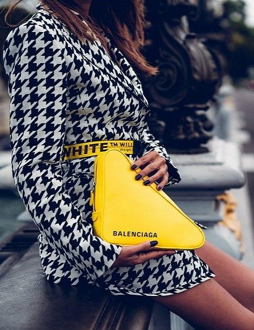 پارچه چهارخانه پیچازی به همراه کیف زرد