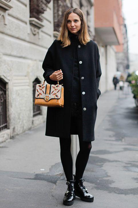 کیف رنگی در سِت تک رنگ