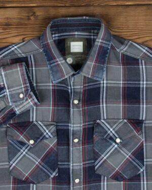 پیراهن چهارخانه مردانه جیب دار - سرمه ای - یقه مردانه