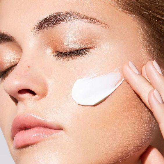 استفاده از کرم شستشوی صورت راهکارهای محافظت از پوست