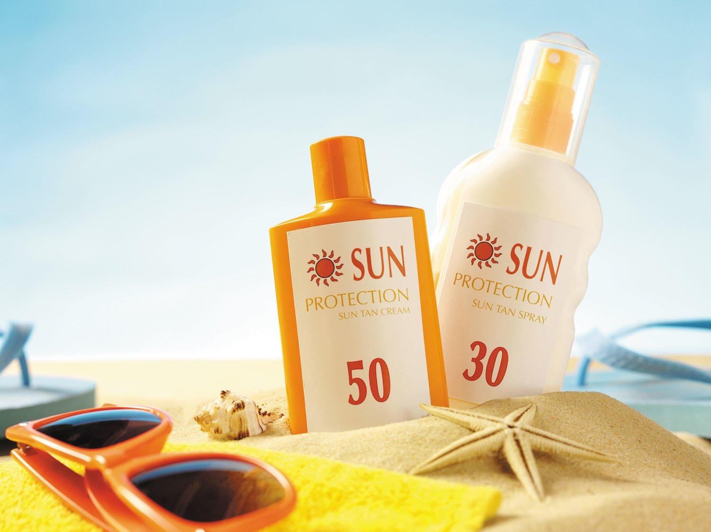 به چه دلیل استفاده از کرم ضد آفتاب ضروری است؟