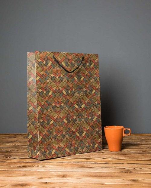 پاکت کادویی بزرگ طرحدار لوزی - زیتونی - سایز متوسط