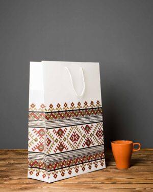 پاکت کادویی طرح گلیم - سفید - سایز بزرگ