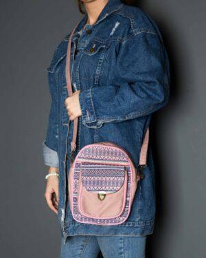 کیف دوشی اسپرت طرحدار-صورتی-محیطی