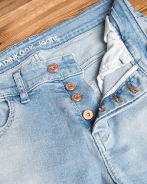 شلوار جین آبی روشن - آبی روشن - دکمه
