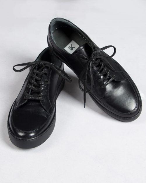کفش-مردانه-وادین کوک-مشکی-بالا-روبه-رو