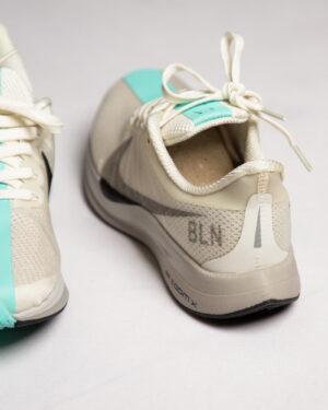 کفش-اسپرت-زنانه-طرح-نایک-شیری-پشت-داخل