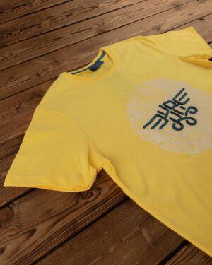 تیشرت پسرانه طرح برجسته اسپرت- زرد- یقه روبرو