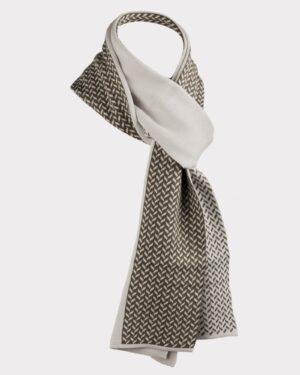 شال گردن 23017-خاکستری محو- نمای روبرو